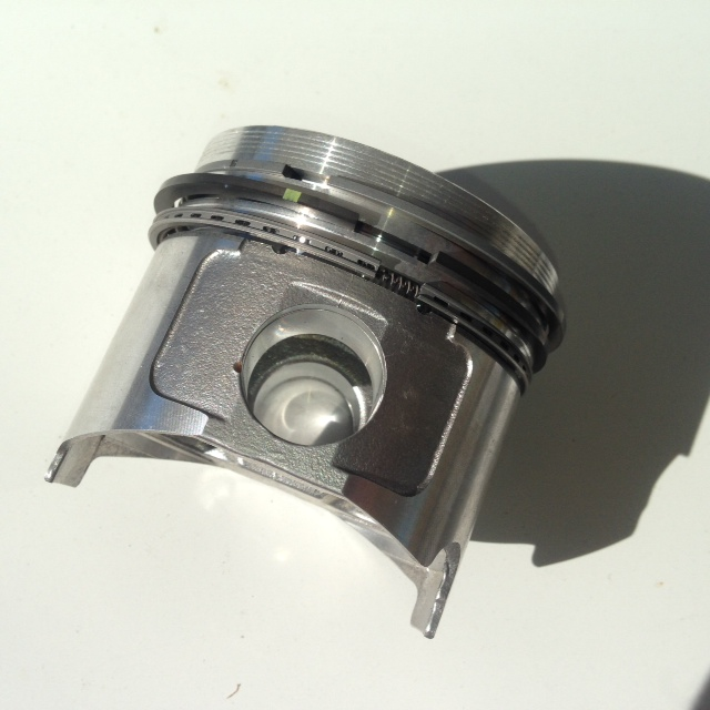 9818 Piston W/Rings F1145 Front Mower JD3215,3215A,3215B,3235