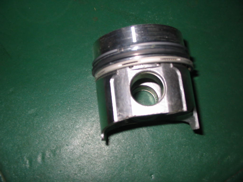 9810 O S Piston .010 Over Size Piston W/rings JD855, F1145