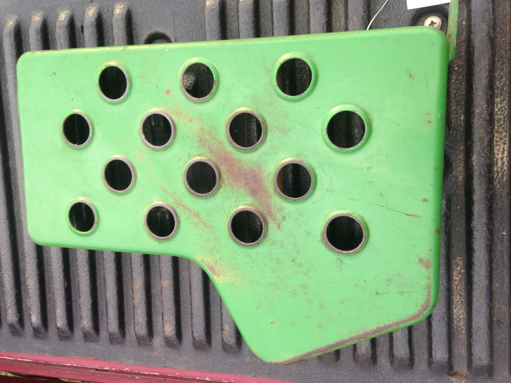 Foot Rest ( Right Side ) JD750 ( Used )