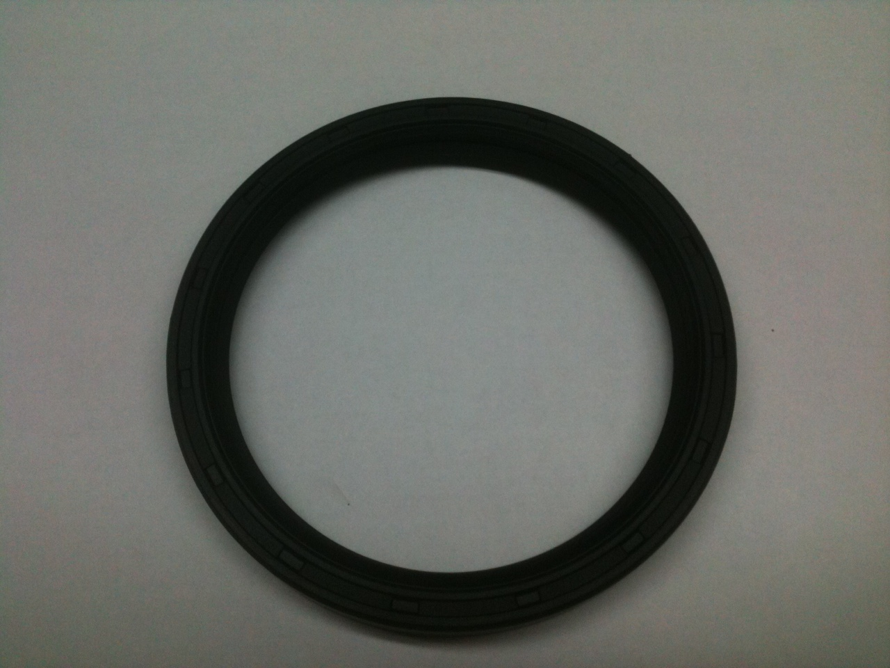 CS-9120 Rear Crankshaft Seal ( See Description )